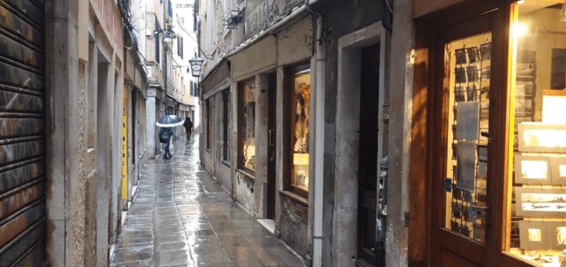 شوارع فينيسيا خالية من السياح
