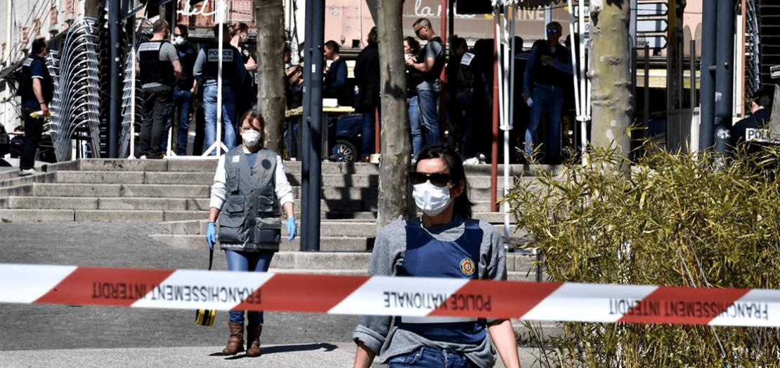 موقع الاعتداء في وسط رومان-سور-ايزير، بجنوب شرق فرنسا، 4 نيسان 2020
