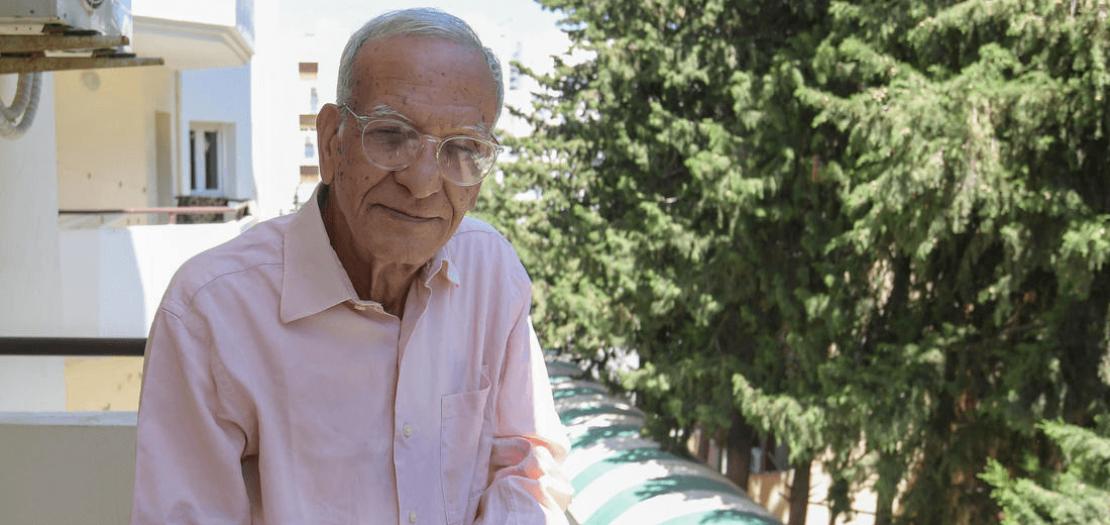 المفكر والأنثروبولوجي التونسي يوسف الصديق في منزله في تونس العاصمة، 23 أيار 2020