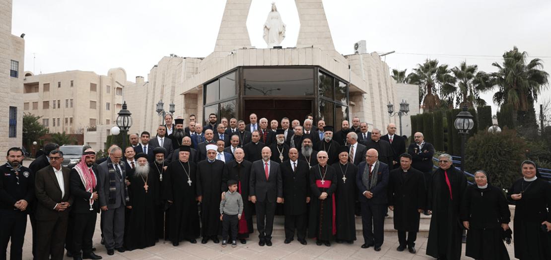رئيس الوزراء د. عمر الرزاز مهنئًا الكنائس في المملكة بعيد الميلاد المجيد 2019 (تصوير: أبونا)