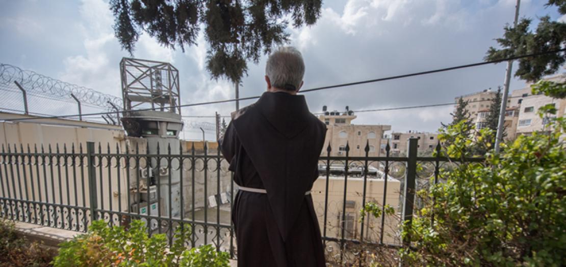دعت الكنائس إلى الامتناع عن اتخاذ خطوات أحادية، والتي من شأنها أن تؤدي إلى فقدان أي أمل متبقٍ في نجاح أي عملية سلام مستقبلية