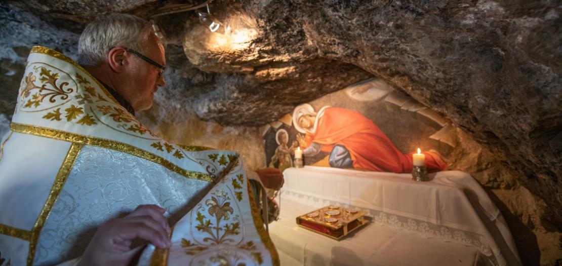 حراسة الأراضي المقدسة تحيي الاحتفال بعيد القديس يوحنا المعمدان في عين كارم (تصوير: نديم عصفور)