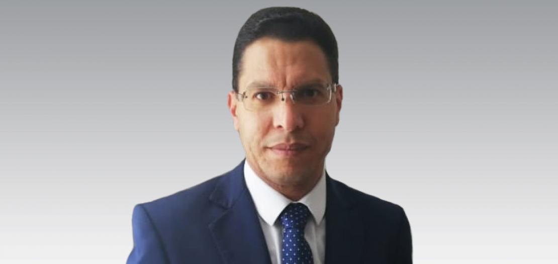 """د. أشرف ناجح إبراهيم عبد الملاك، حاصل على درجة الدكتوراة في اللاهوت العقائدي من الجامعة الحبرية """"الأوربانيانا"""" بروما، ويدرّس حاليًا في العاصمة الكولومبية بوغوتا"""