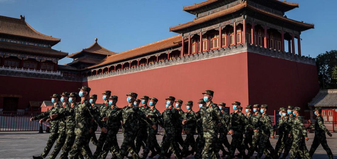 عرض عسكري مصّغر أمام مدخل المدينة المحرّمة في بكين في 19 أيار 2020