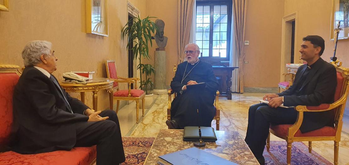 حانب من لقاء أمين سر دولة حاضرة الفاتيكان للعلاقات مع الدول رئيس الأساقفة بول ريتشارد غالاغر