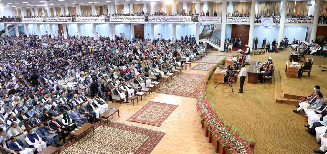 """صورة وزعها مكتب الرئيس الافغاني اشرف غني لاجتماع """"المجلس الكبير"""" (اللويا جيرغا) في كابول، 9 آب 2020"""
