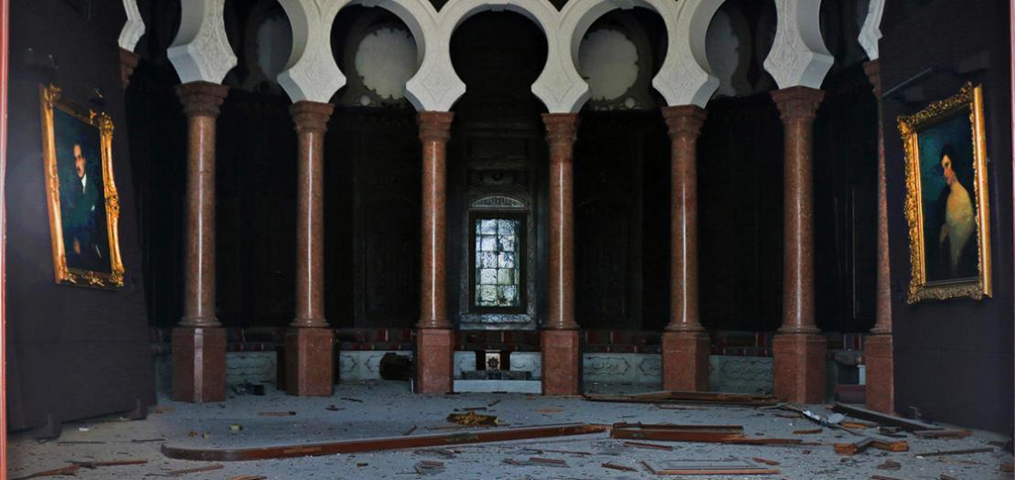صورة وزعها متحف سرسق في بيروت في 8 آب 2020 تظهر ردهة القصر مدمرة جراء الانفجار