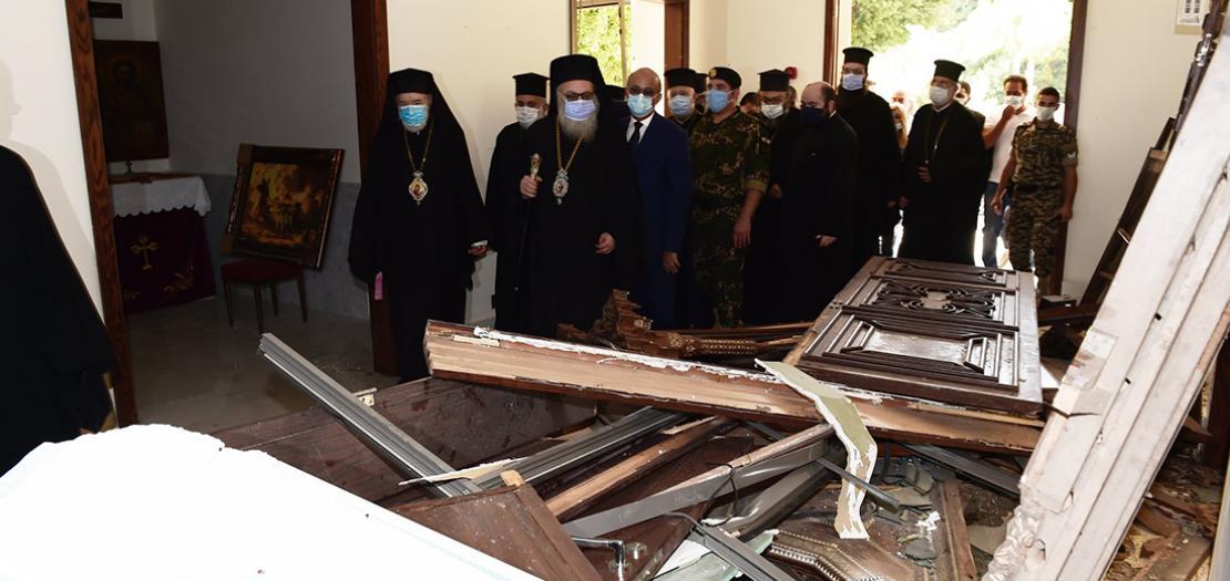 البطريرك يوحنا العاشر في زيارة تفقدية لبيروت، 7 آب 2020 (تصوير: بطريركية أنطاكية للروم الأرثوذكس)