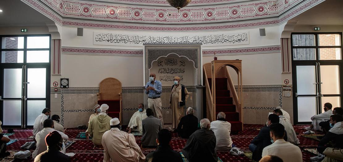إمام في أحد المساجد في فرنسا