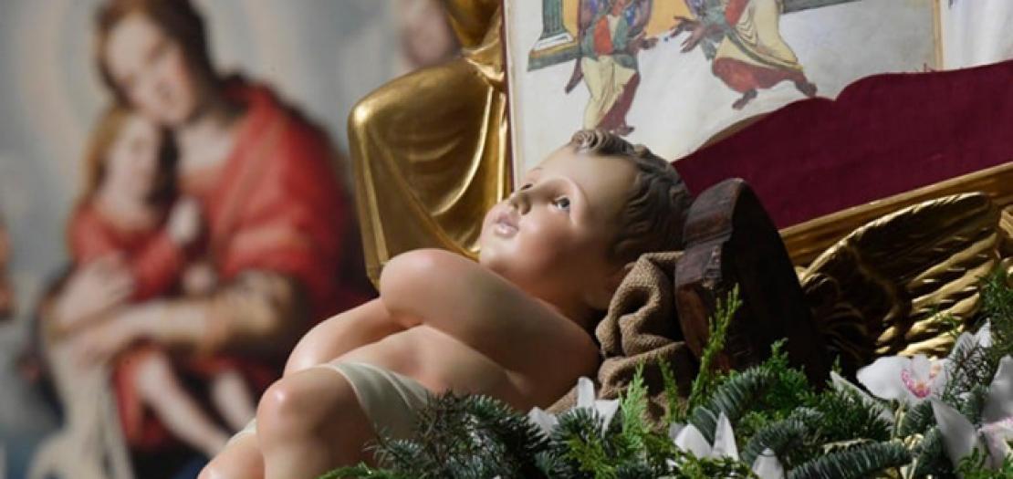 زمن الميلاد، زمن الحب والتنازل، زمن عمل الله مع البشر بطريقة فريدة