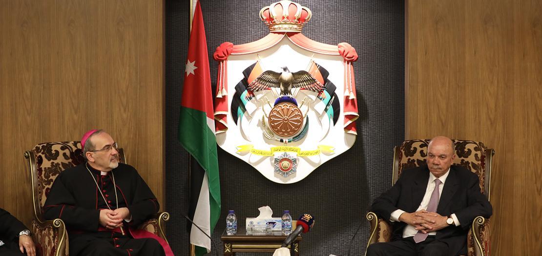 بطريرك القدس للاتين يلتقي رئيس مجلس الأعيان (تصوير: أسامة طوباسي / أبونا)