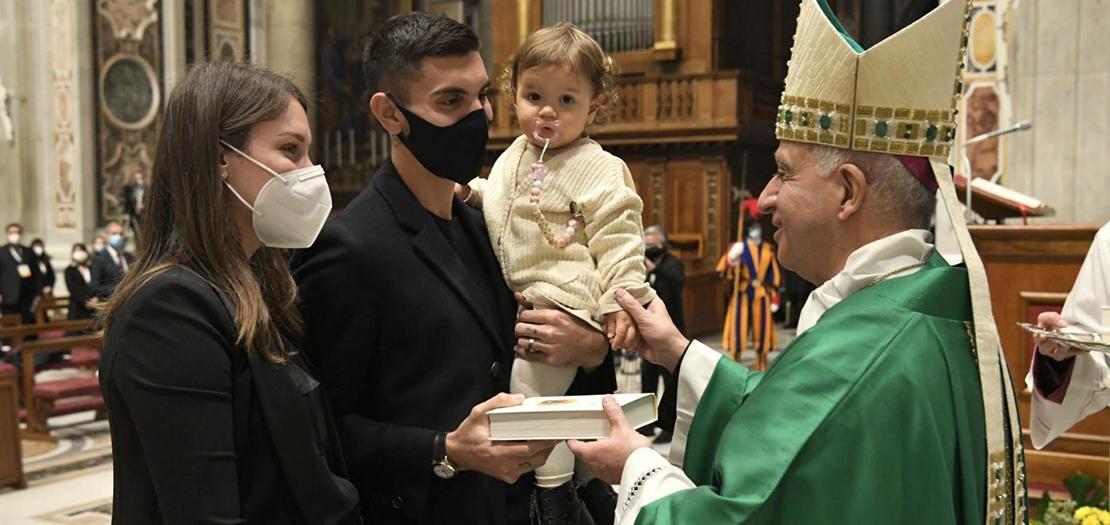 رئيس المجلس البابوي لتعزيز البشارة الجديدة يترأس القداس بمناسبة أحد كلمة الله