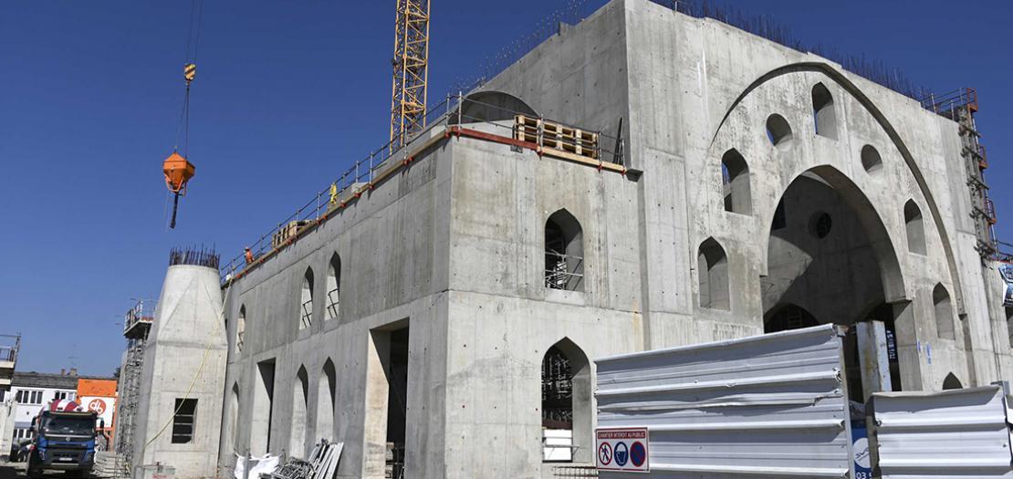 ورشة بناء مسجد أيوب سلطان في حي مينو في ستراسبورغ