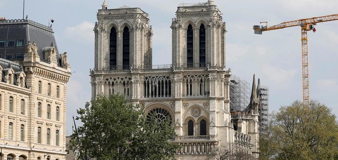كاتدرائية نوتردام بالعاصمة الفرنسية باريس، 11 نيسان 2020