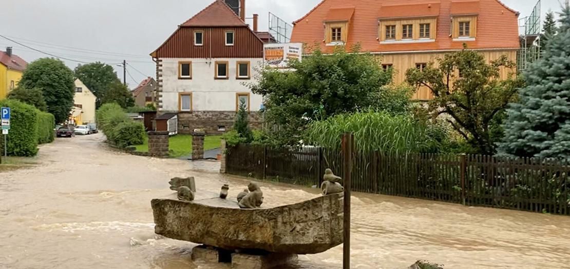 فيضانات في إقليم ساكسونيا في ألمانيا © رويترز