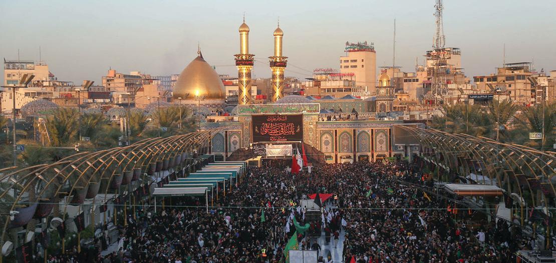 تجمع الزوار لإحياء ذكرى الأربعين في مدينة كربلاء العراقية في 7 تشرين الأول 2020
